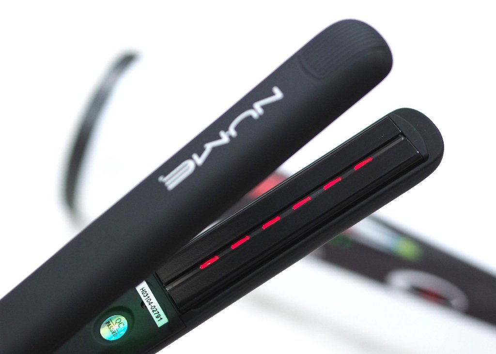 NuMe Megastar X Ceramic Straightener Review