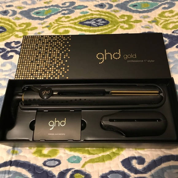 GHD Gold vs Cloud Nine Flat Iron