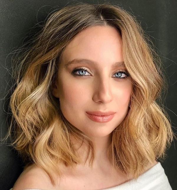 Hair Color Ideas for Blue Eyes
