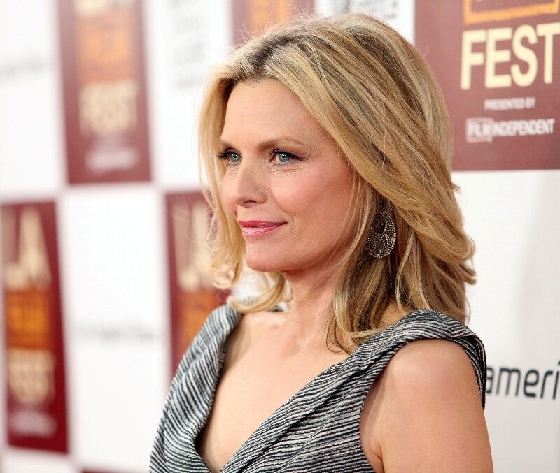 Hairstyles For Women Over 50 With Thick Hair